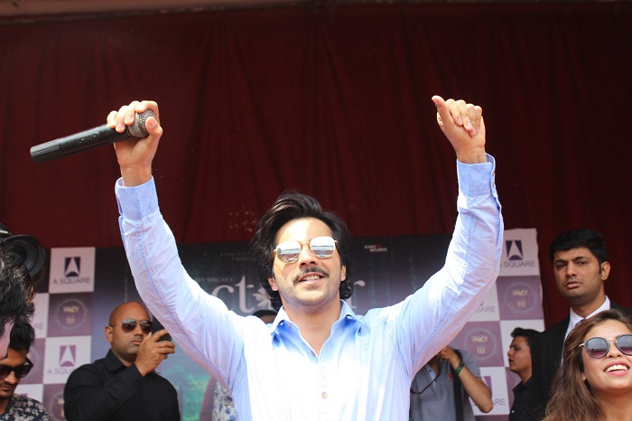 Varun Dhawan visited Lakshmibai College in Delhi